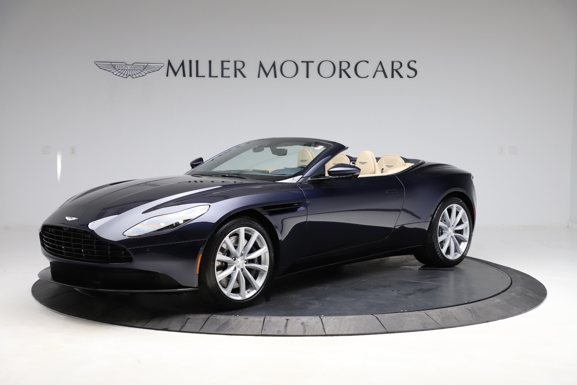 New 2021 Aston Martin DB11 Volante Convertible for sale $274,916 at McLaren Greenwich in Greenwich CT 06830 1