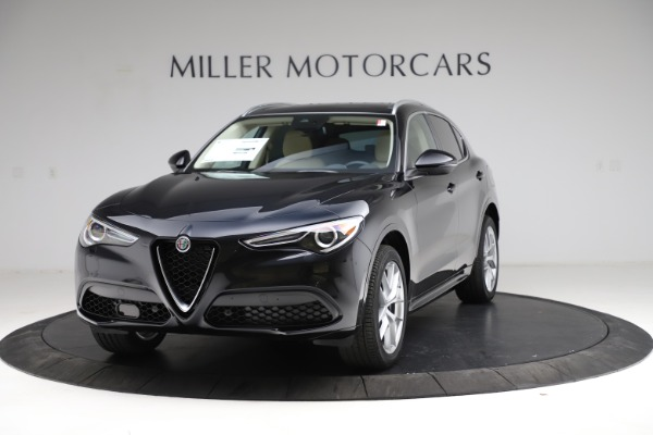 New 2021 Alfa Romeo Stelvio Ti Lusso Q4 for sale $57,750 at McLaren Greenwich in Greenwich CT 06830 1