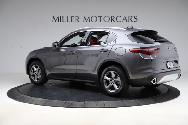 New 2021 Alfa Romeo Stelvio Q4 for sale $48,050 at McLaren Greenwich in Greenwich CT 06830 4