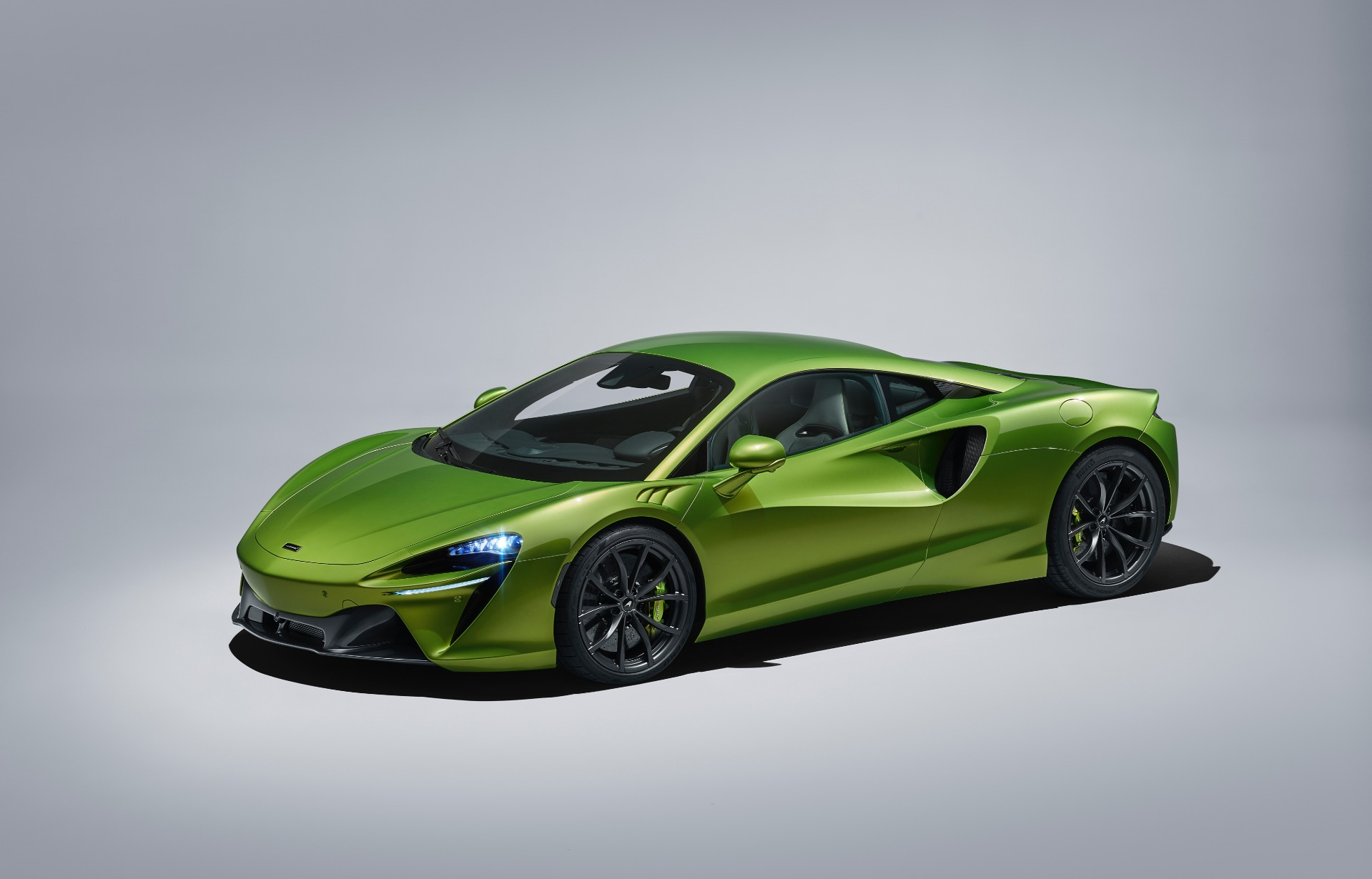 New 2021 McLaren Artura for sale Call for price at McLaren Greenwich in Greenwich CT 06830 1