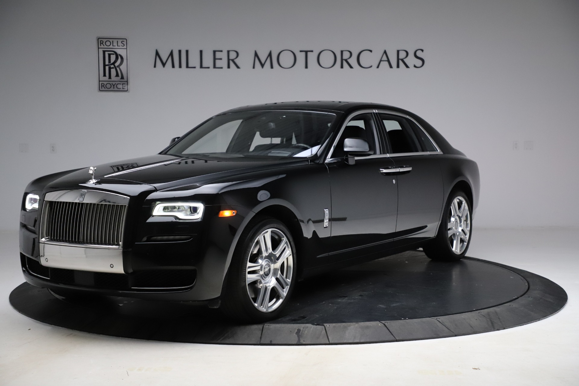 Used 2016 Rolls-Royce Ghost for sale $165,900 at McLaren Greenwich in Greenwich CT 06830 1
