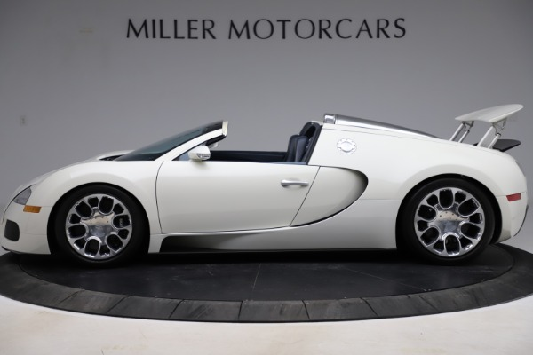Used 2010 Bugatti Veyron 16.4 Grand Sport for sale Call for price at McLaren Greenwich in Greenwich CT 06830 3