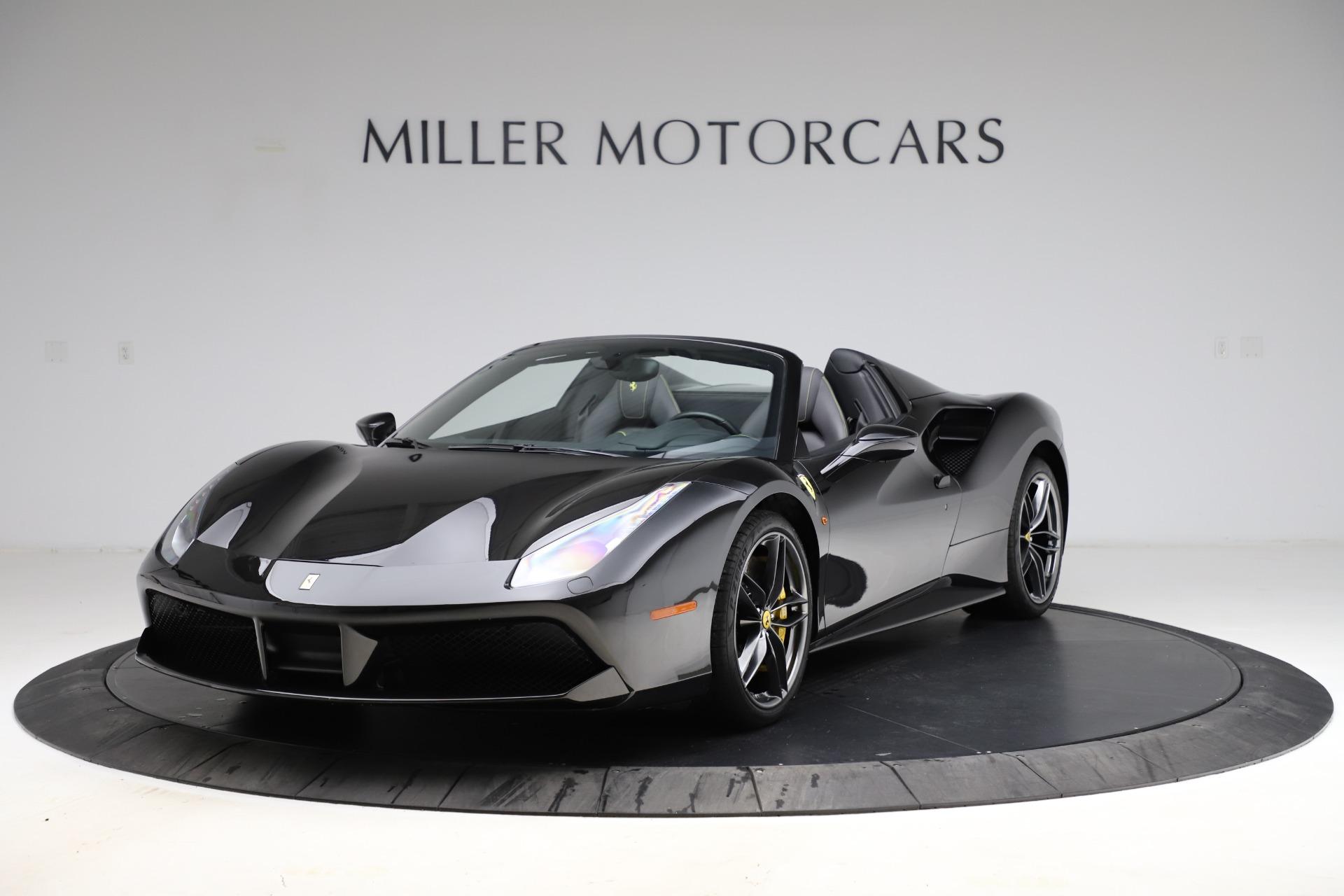 Used 2017 Ferrari 488 Spider for sale $284,900 at McLaren Greenwich in Greenwich CT 06830 1