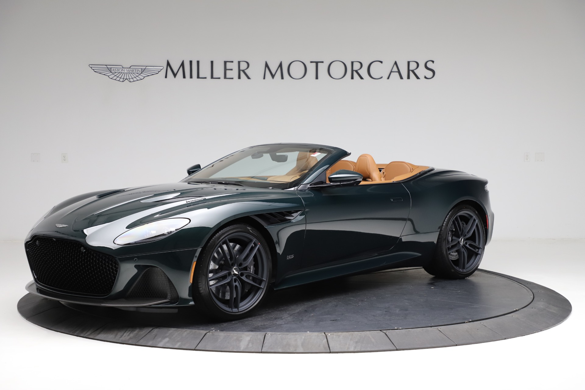 New 2021 Aston Martin DBS Superleggera Volante for sale $392,916 at McLaren Greenwich in Greenwich CT 06830 1