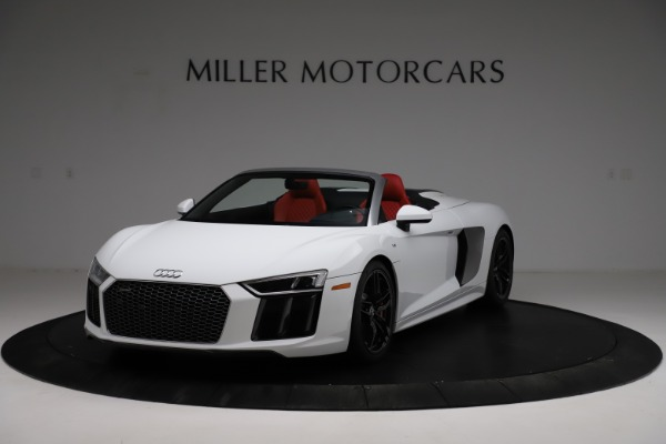 Used 2018 Audi R8 Spyder for sale $154,900 at McLaren Greenwich in Greenwich CT 06830 1