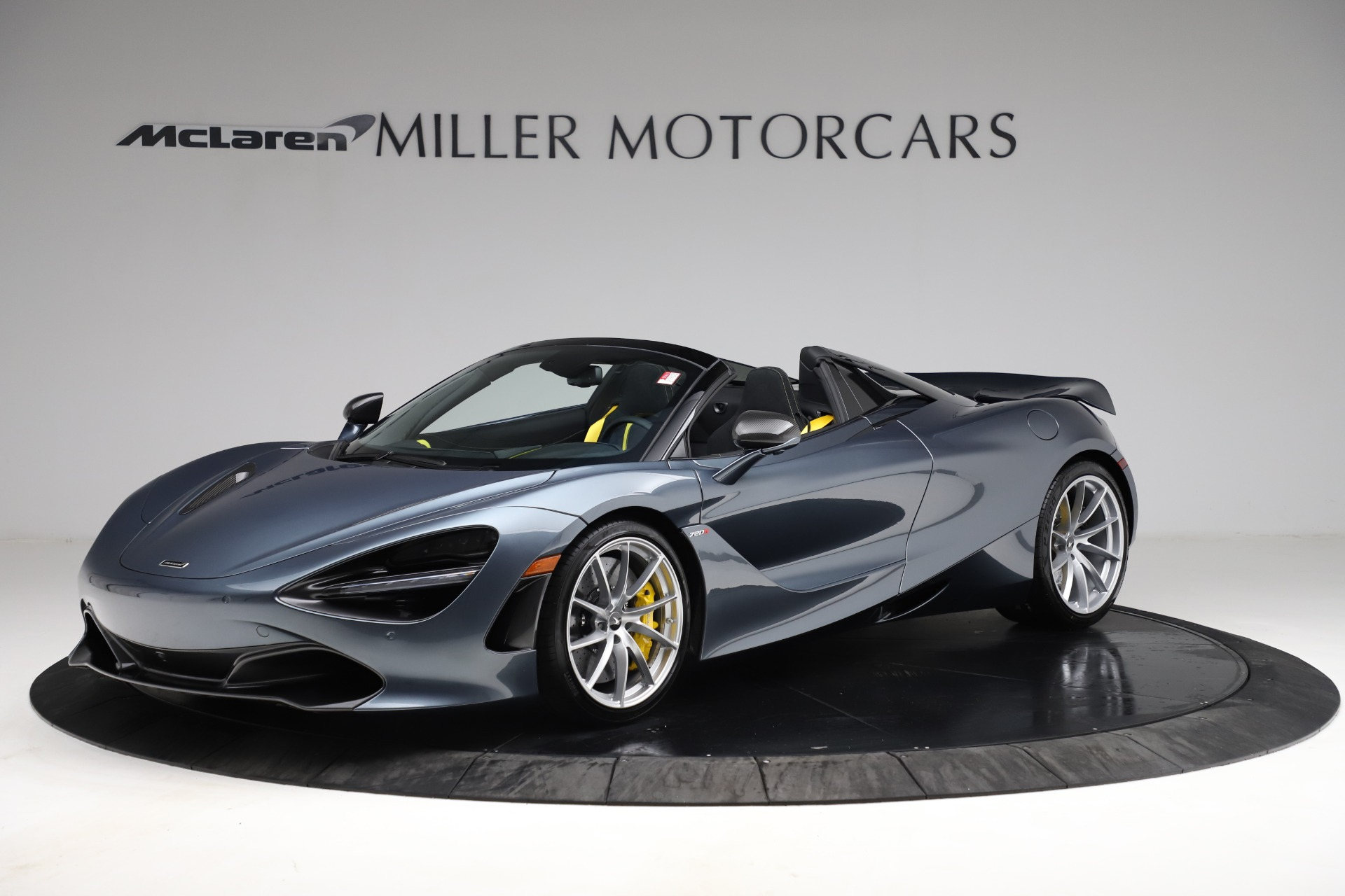 New 2021 McLaren 720S Spider for sale $351,450 at McLaren Greenwich in Greenwich CT 06830 1