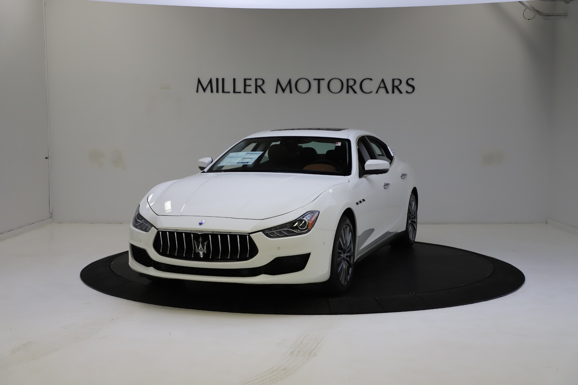 New 2021 Maserati Ghibli S Q4 for sale $85,754 at McLaren Greenwich in Greenwich CT 06830 1