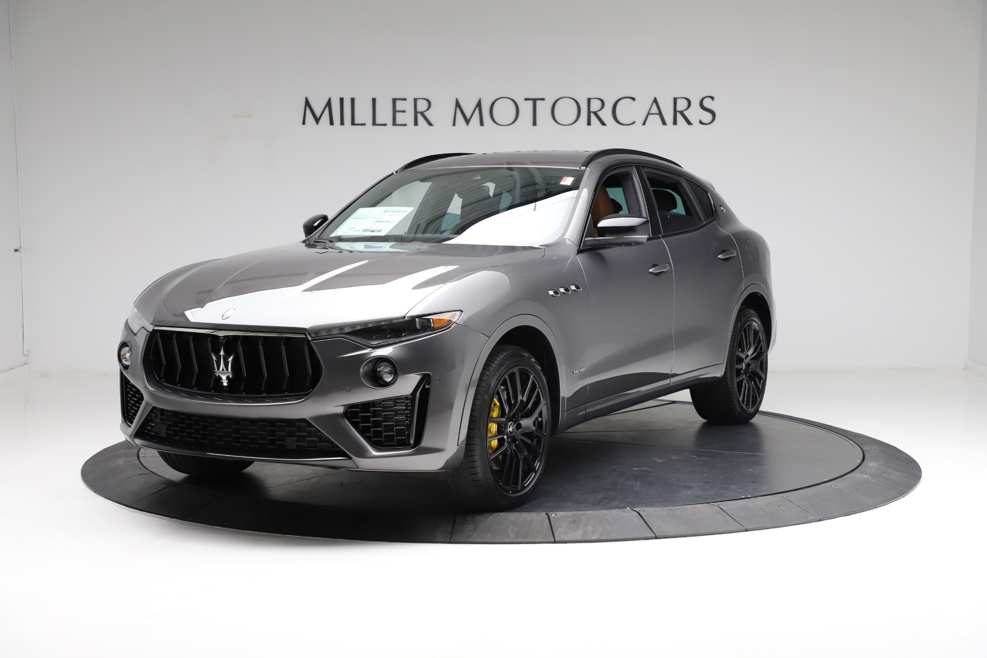 New 2021 Maserati Levante S Q4 GranSport for sale $114,485 at McLaren Greenwich in Greenwich CT 06830 1