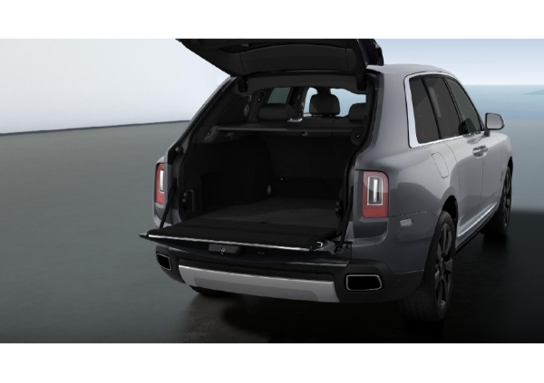 New 2021 Rolls-Royce Cullinan for sale Call for price at McLaren Greenwich in Greenwich CT 06830 4