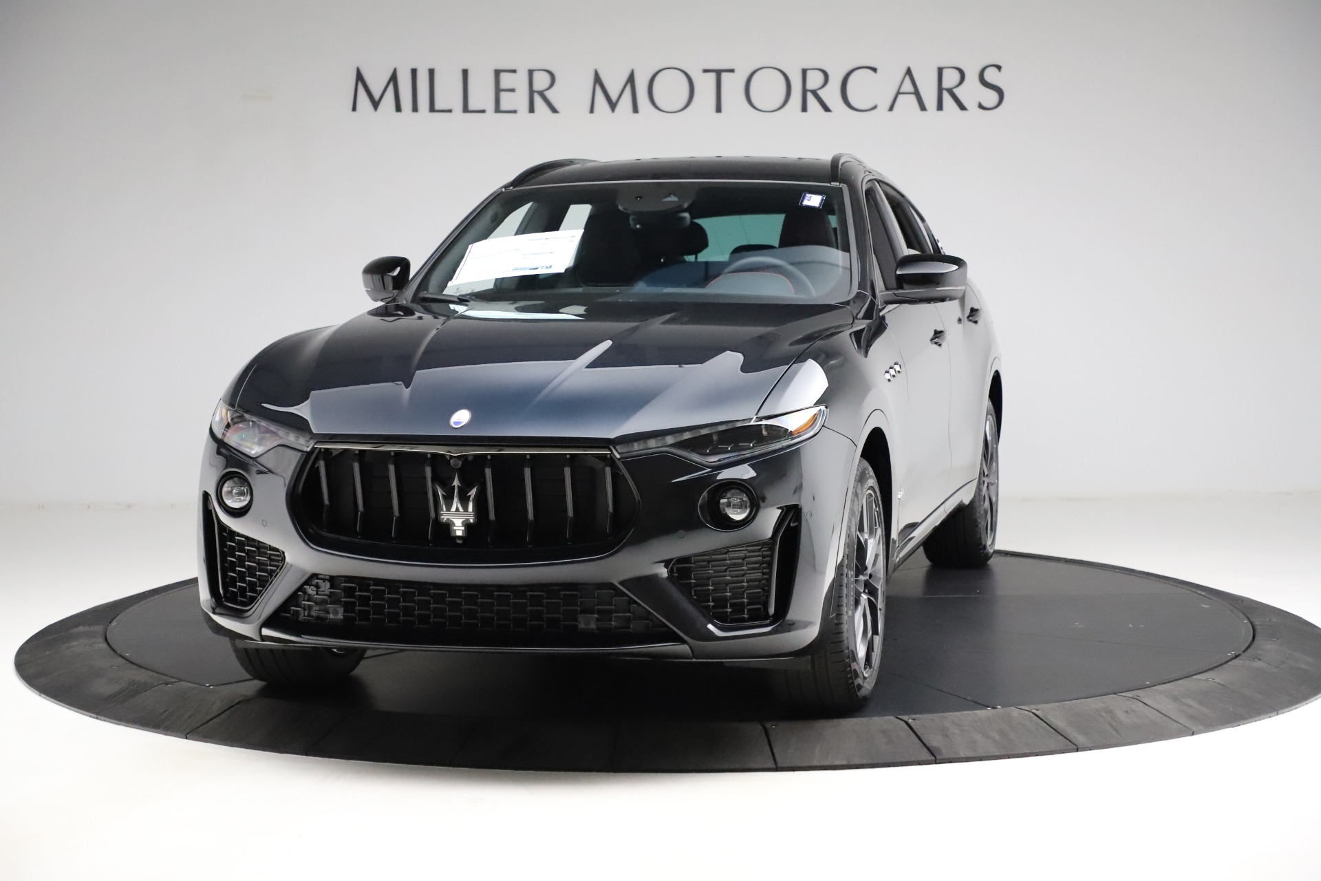 New 2021 Maserati Levante Q4 GranSport for sale $92,735 at McLaren Greenwich in Greenwich CT 06830 1