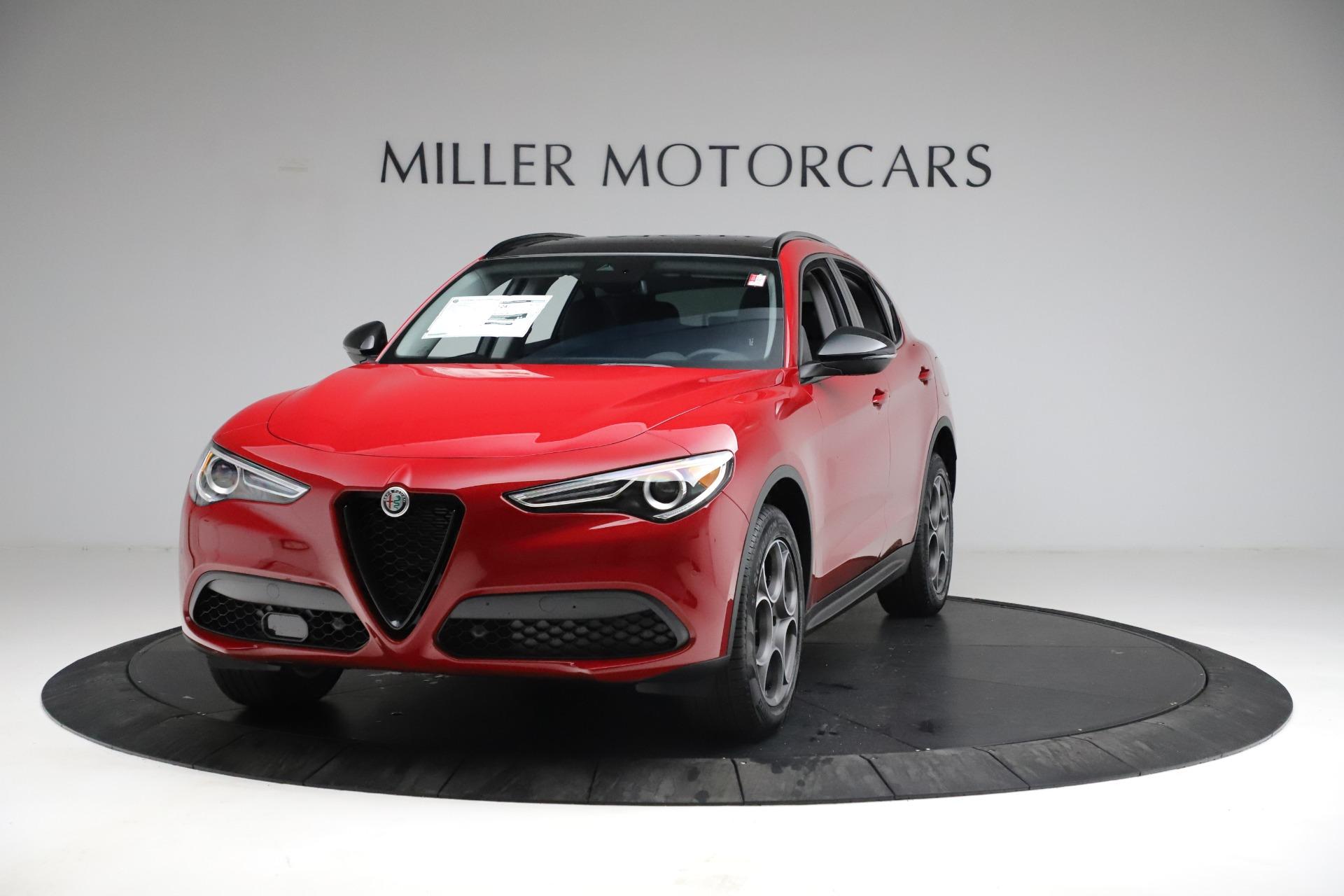 New 2021 Alfa Romeo Stelvio Sprint for sale $50,535 at McLaren Greenwich in Greenwich CT 06830 1