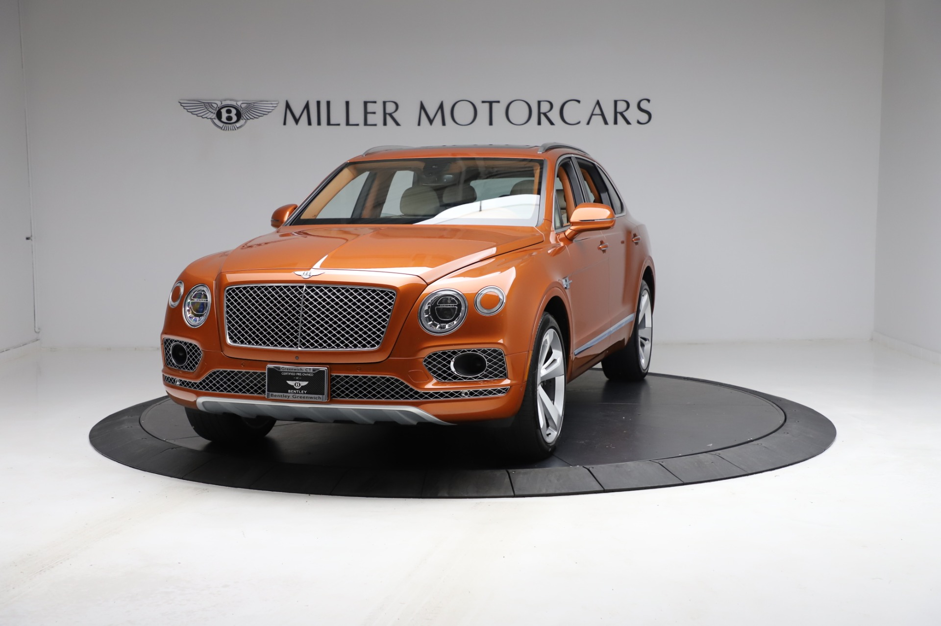 Used 2018 Bentley Bentayga Onyx Edition for sale Sold at McLaren Greenwich in Greenwich CT 06830 1