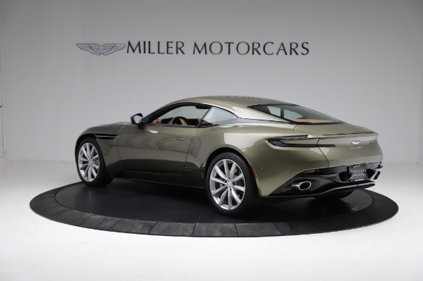 Used 2018 Aston Martin DB11 V8 for sale $151,900 at McLaren Greenwich in Greenwich CT 06830 3