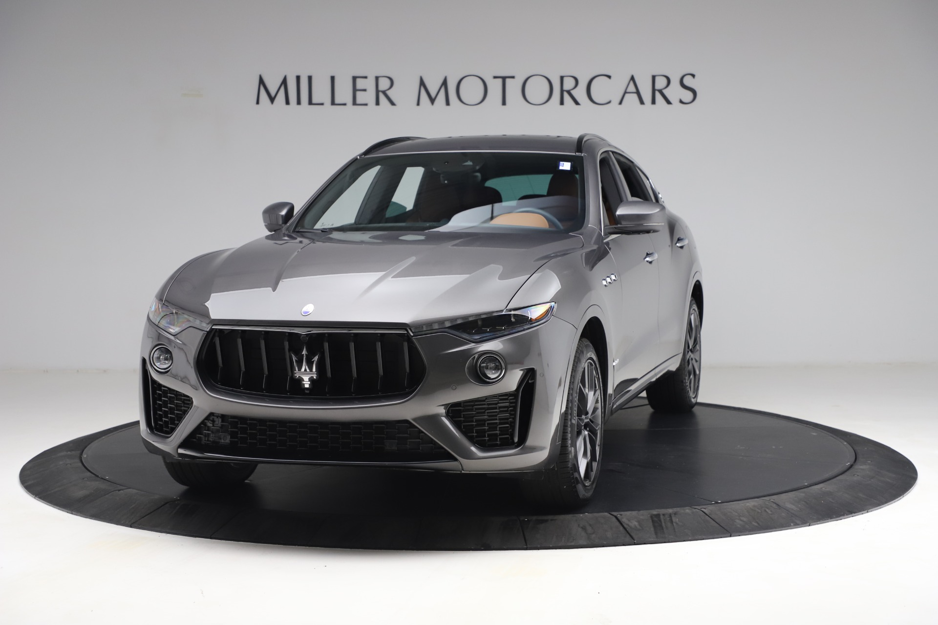 New 2021 Maserati Levante GranSport for sale $77,900 at McLaren Greenwich in Greenwich CT 06830 1