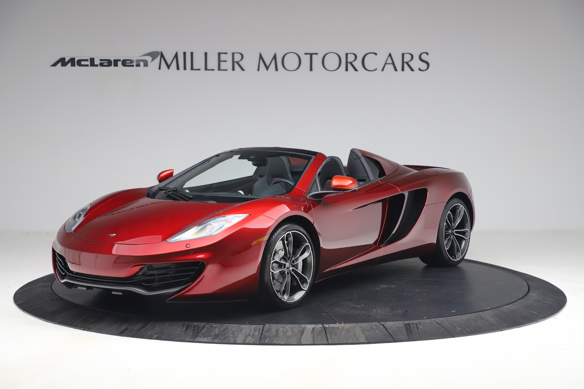 Used 2013 McLaren MP4-12C Spider for sale $134,900 at McLaren Greenwich in Greenwich CT 06830 1