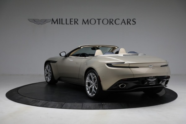 Used 2019 Aston Martin DB11 Volante for sale $209,900 at McLaren Greenwich in Greenwich CT 06830 4