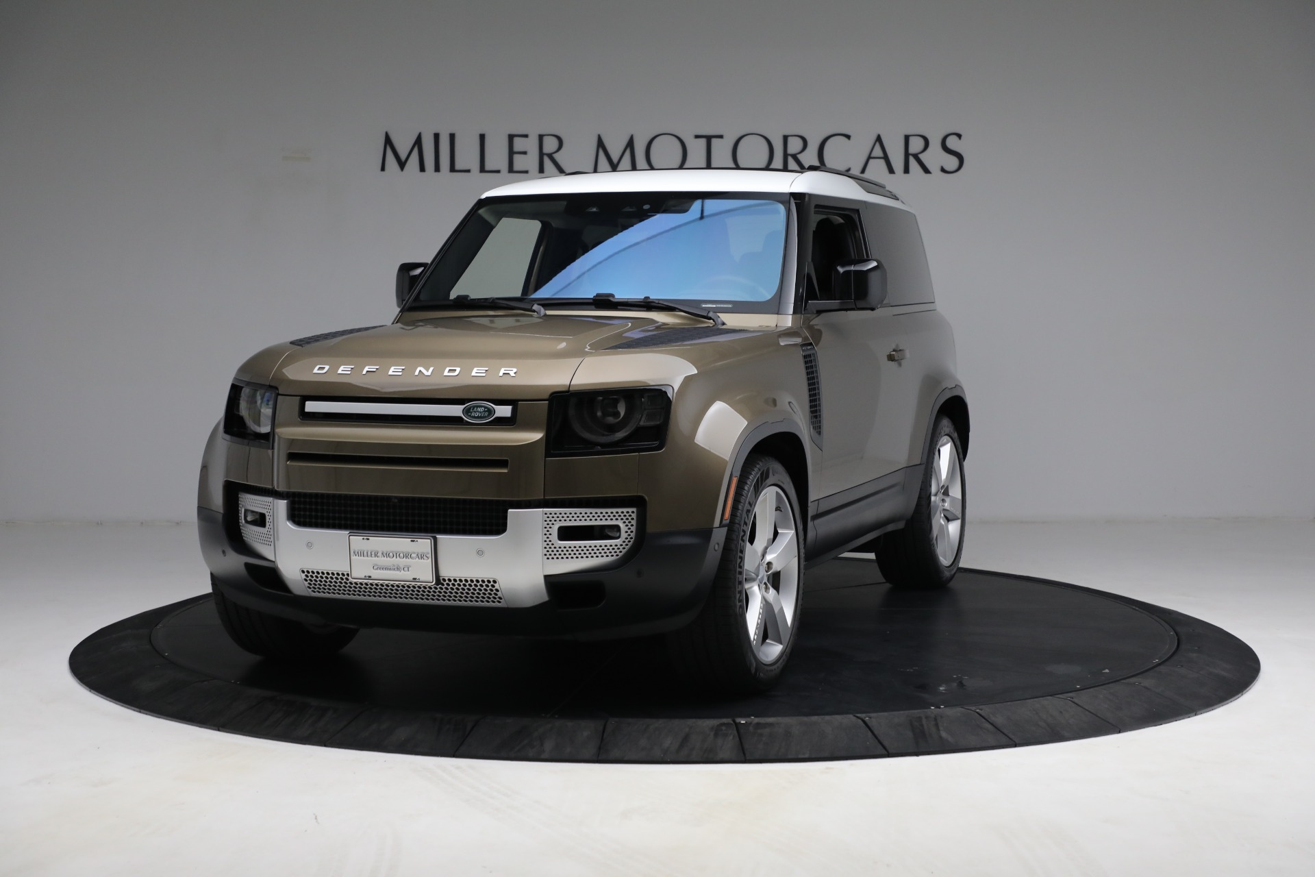 Used 2021 Land Rover Defender 90 First Edition for sale $69,900 at McLaren Greenwich in Greenwich CT 06830 1
