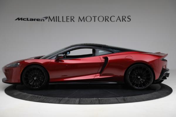 New 2021 McLaren GT for sale $217,275 at McLaren Greenwich in Greenwich CT 06830 3