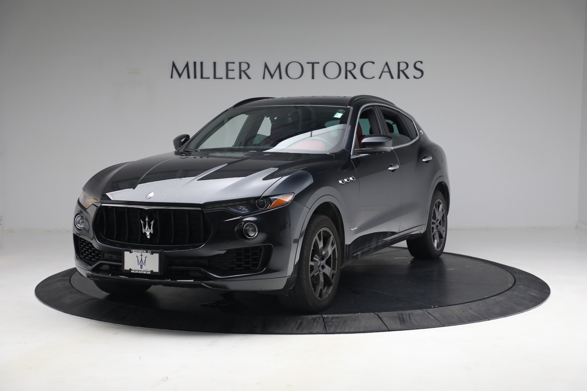 Used 2018 Maserati Levante GranSport for sale $59,900 at McLaren Greenwich in Greenwich CT 06830 1
