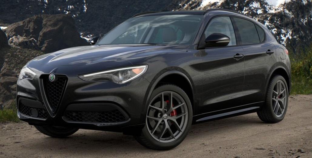New 2021 Alfa Romeo Stelvio Ti for sale $52,705 at McLaren Greenwich in Greenwich CT 06830 1
