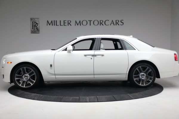 Used 2017 Rolls-Royce Ghost for sale $219,900 at McLaren Greenwich in Greenwich CT 06830 3