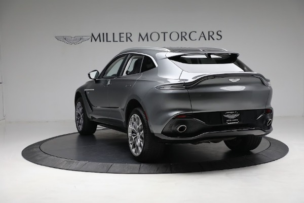 Used 2021 Aston Martin DBX for sale Sold at McLaren Greenwich in Greenwich CT 06830 4