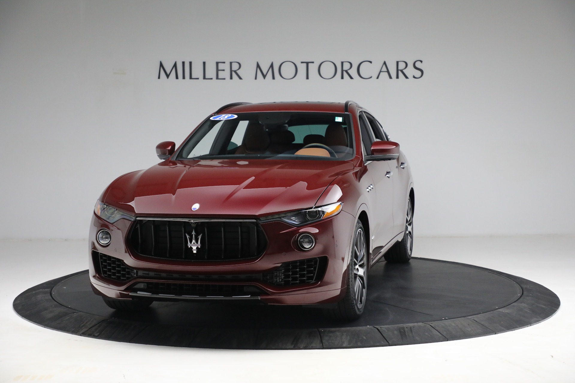 Used 2018 Maserati Levante GranSport for sale $57,900 at McLaren Greenwich in Greenwich CT 06830 1