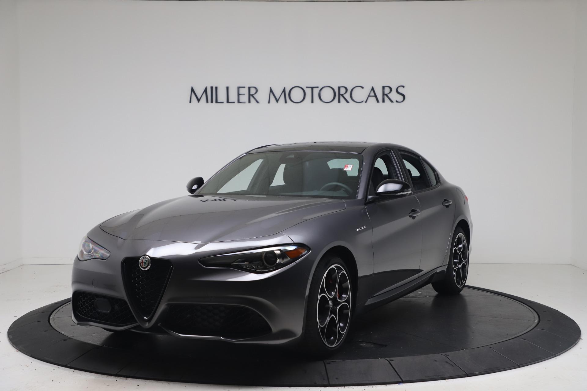 New 2022 Alfa Romeo Giulia Veloce for sale $49,245 at McLaren Greenwich in Greenwich CT 06830 1