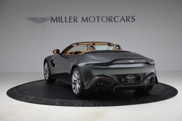 New 2021 Aston Martin Vantage Roadster for sale $174,586 at McLaren Greenwich in Greenwich CT 06830 4