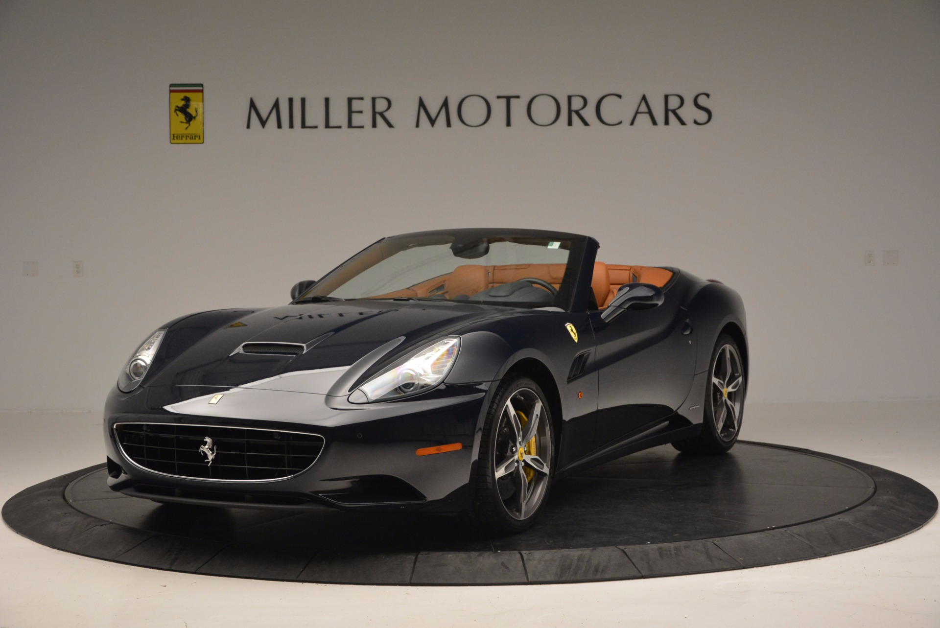Used 2013 Ferrari California 30 for sale Sold at McLaren Greenwich in Greenwich CT 06830 1
