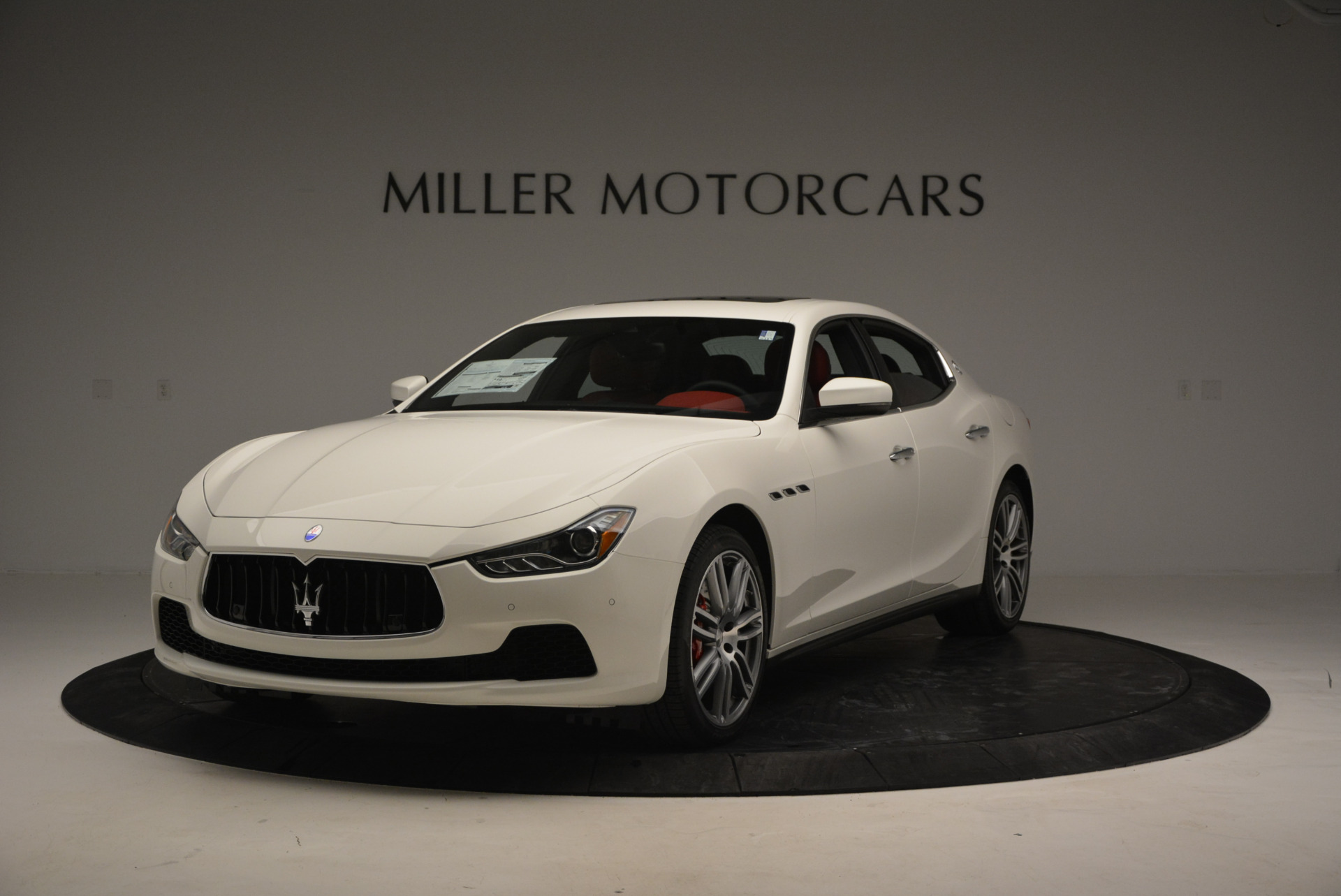 Used 2017 Maserati Ghibli S Q4 for sale $47,900 at McLaren Greenwich in Greenwich CT 06830 1