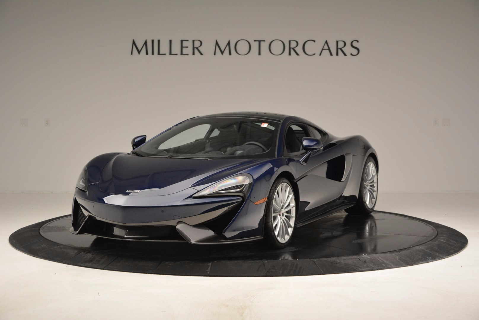 New 2017 McLaren 570GT for sale Sold at McLaren Greenwich in Greenwich CT 06830 1