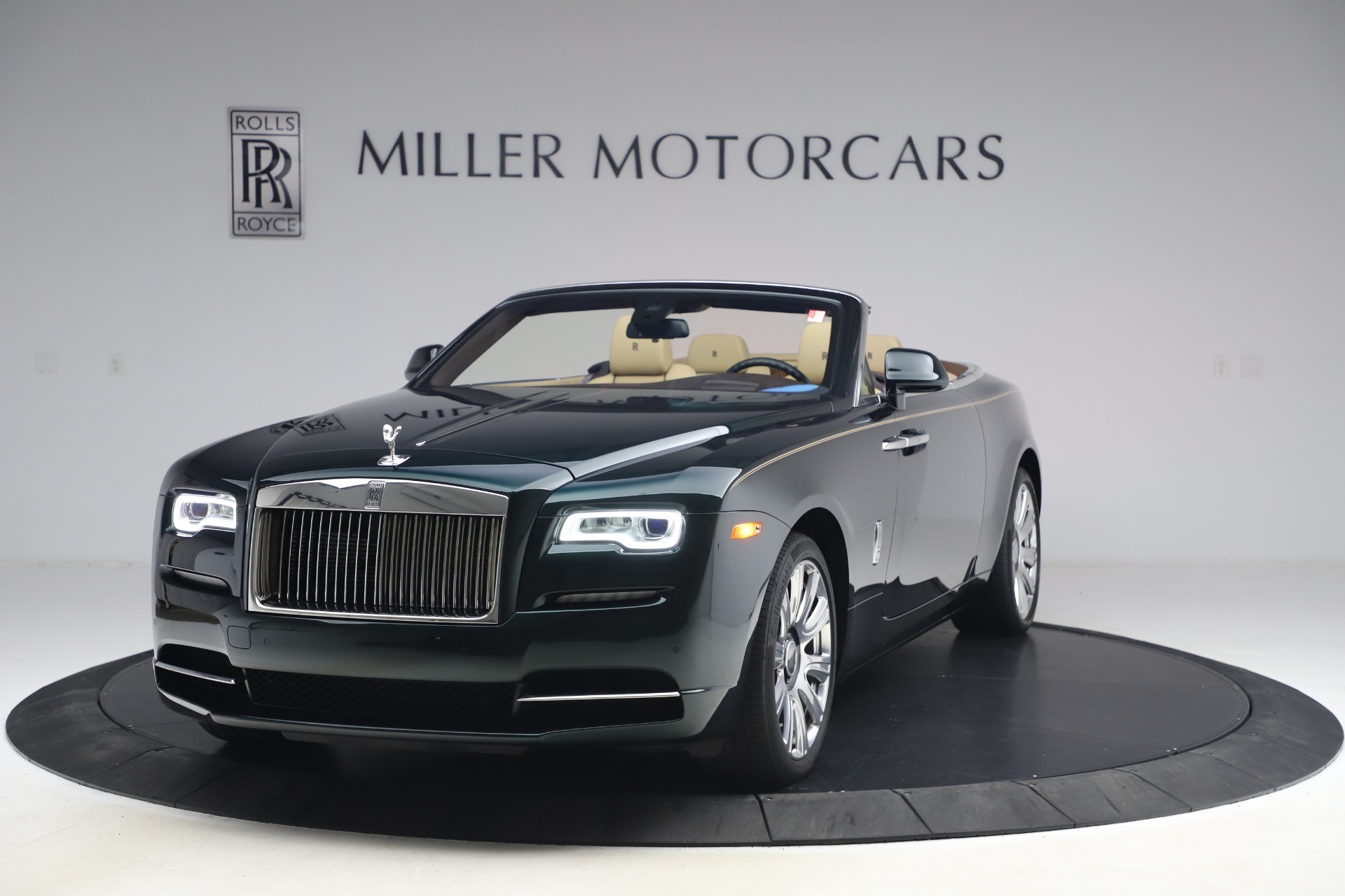 New 2017 Rolls-Royce Dawn for sale Sold at McLaren Greenwich in Greenwich CT 06830 1