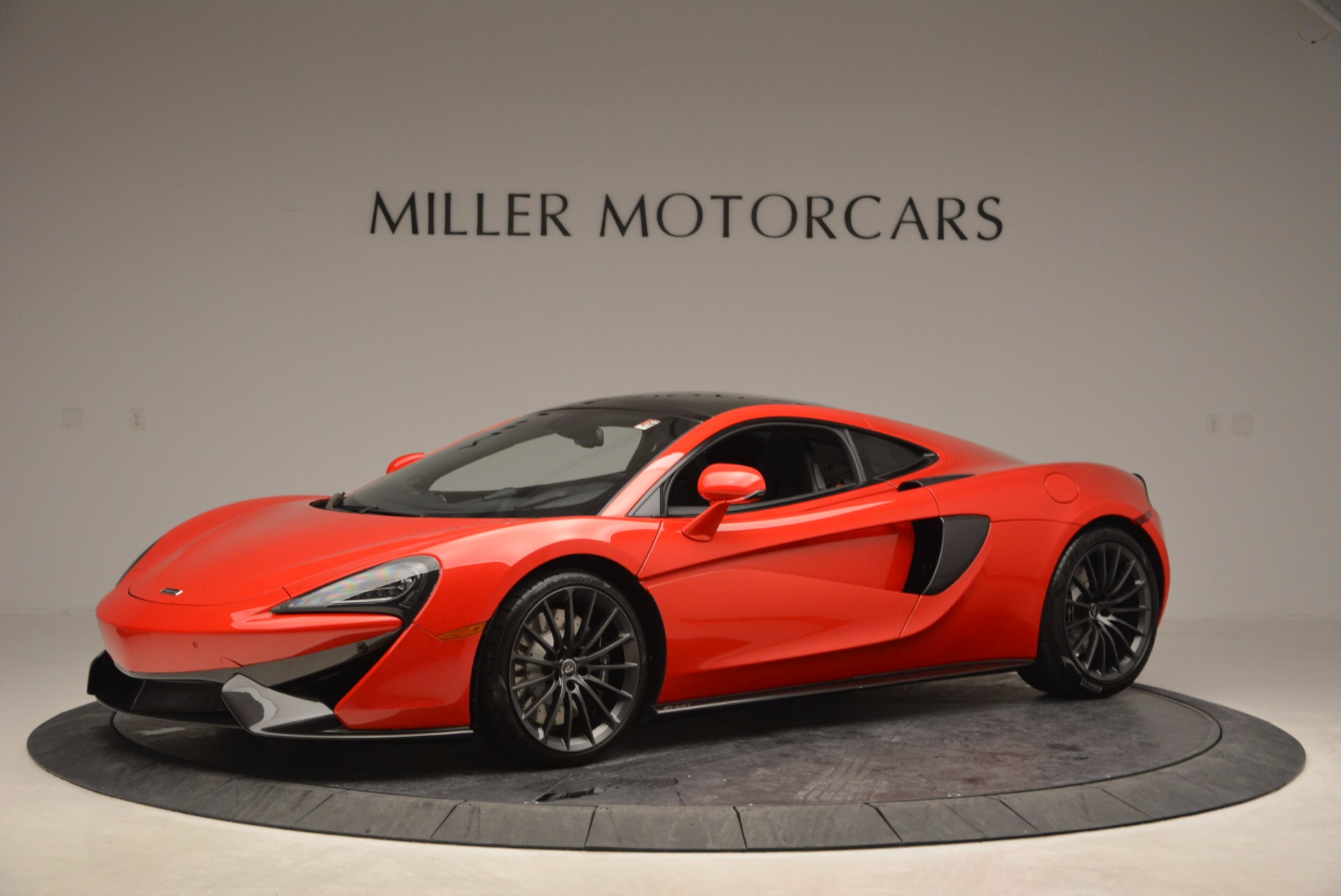 Used 2017 McLaren 570GT Coupe for sale Sold at McLaren Greenwich in Greenwich CT 06830 1