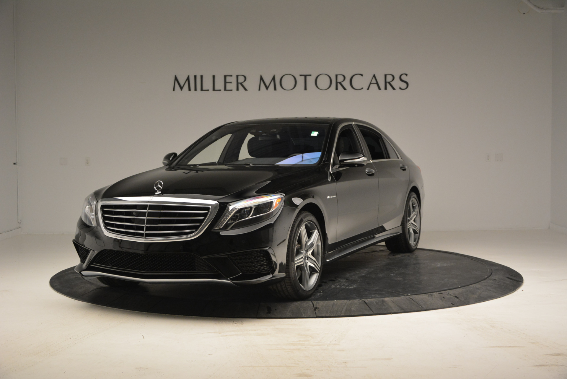 Used 2014 Mercedes Benz S-Class S 63 AMG for sale Sold at McLaren Greenwich in Greenwich CT 06830 1