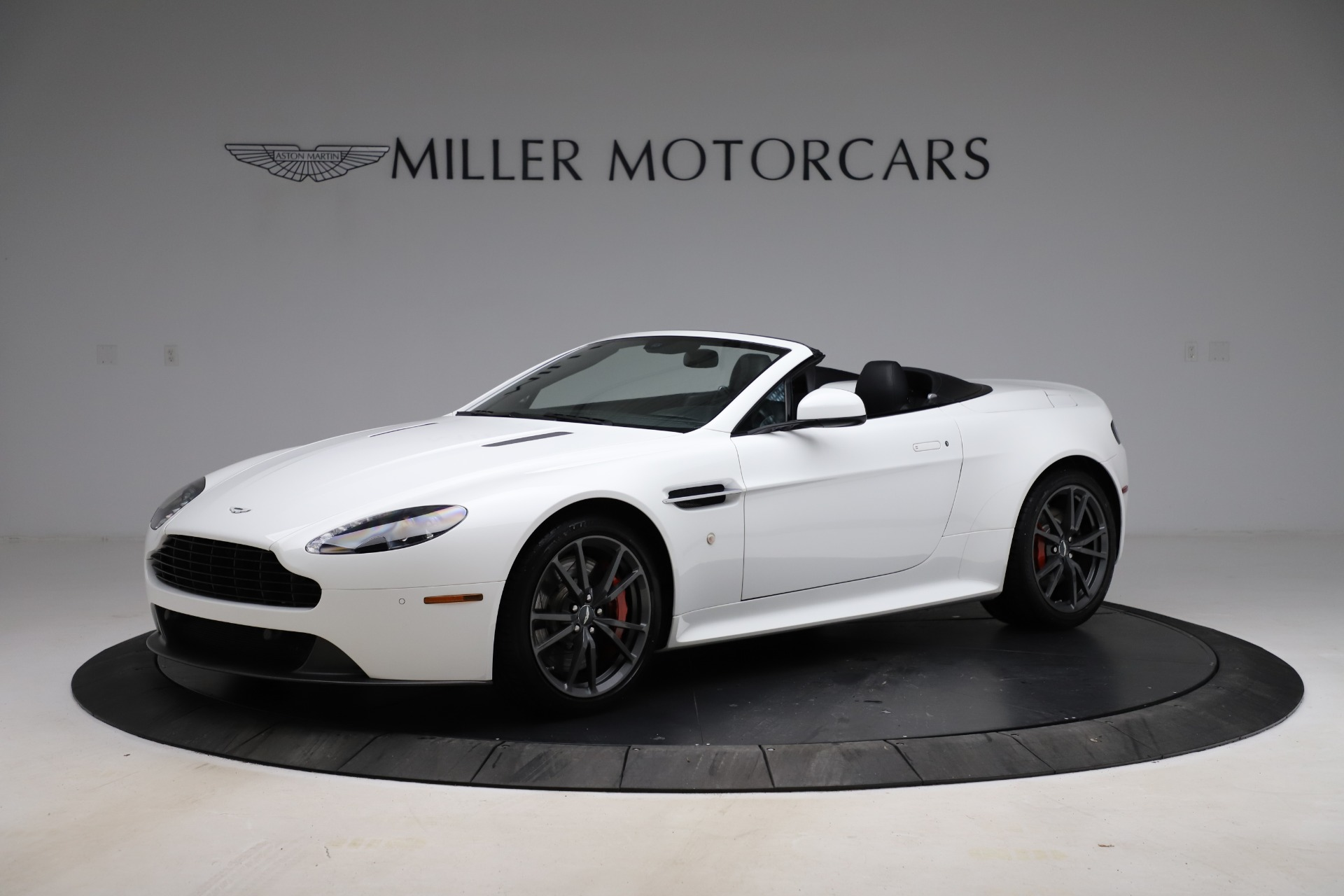 New 2015 Aston Martin Vantage GT GT Roadster for sale Sold at McLaren Greenwich in Greenwich CT 06830 1