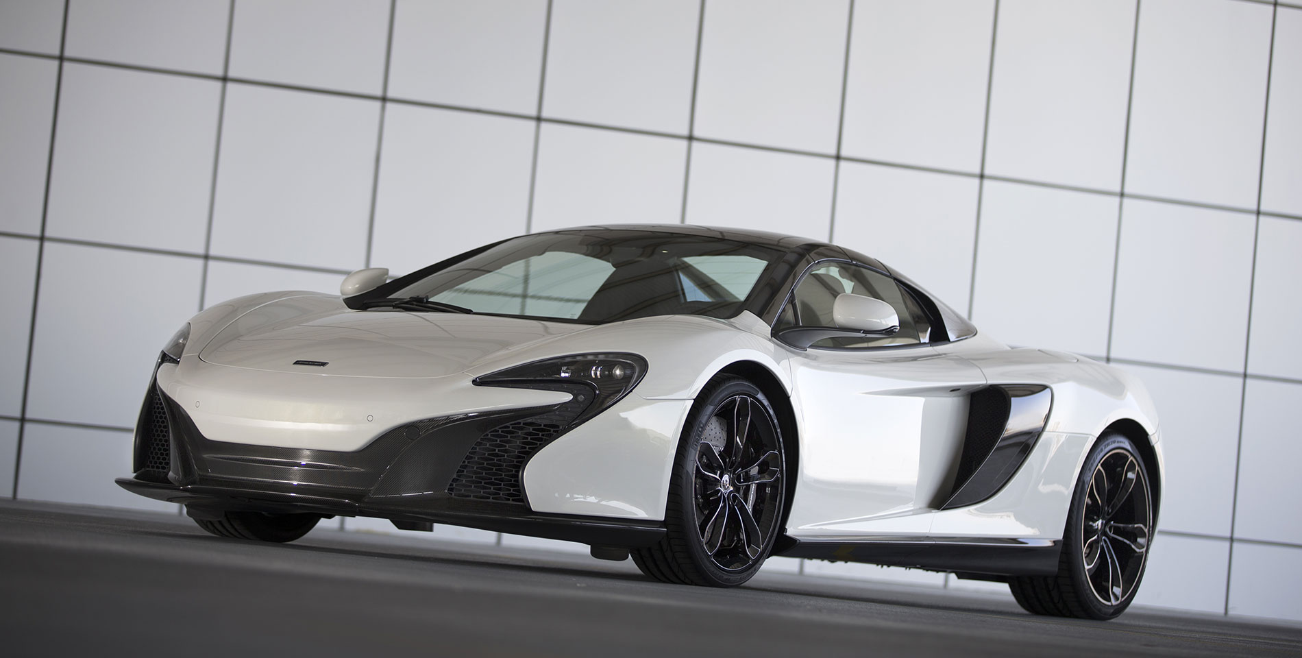 McLaren 650s coupe front side view